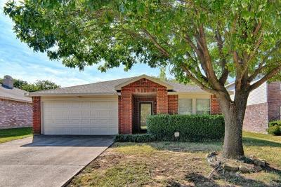 Grand Prairie Single Family Home Active Option Contract: 6136 Modelli Drive