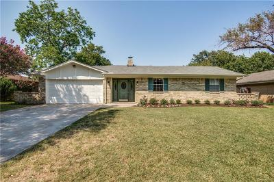 Grapevine Single Family Home For Sale: 2916 Columbine Drive