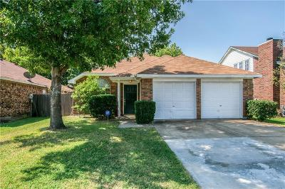 Grand Prairie Single Family Home Active Option Contract: 3309 Wilmington Drive