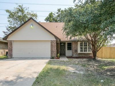 Grand Prairie Single Family Home Active Option Contract: 630 Dallas Avenue