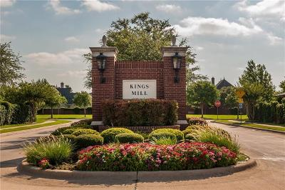 Tarrant County Single Family Home For Sale: 2313 Royal Oaks Drive