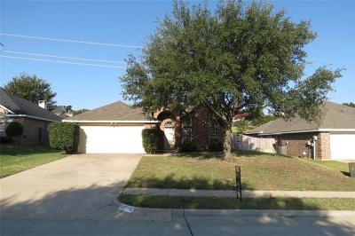 Lewisville Single Family Home For Sale: 2056 Kenny Court