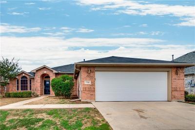 Arlington TX Single Family Home For Sale: $237,000