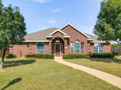 Rowlett Single Family Home For Sale: 8305 Laurel Court