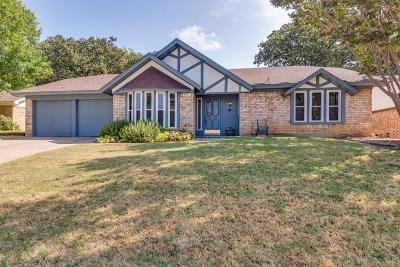 Bedford Single Family Home For Sale: 3128 Spring Lake Drive