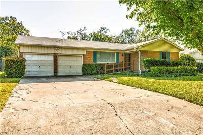 Hurst Single Family Home For Sale: 904 Billie Ruth Lane