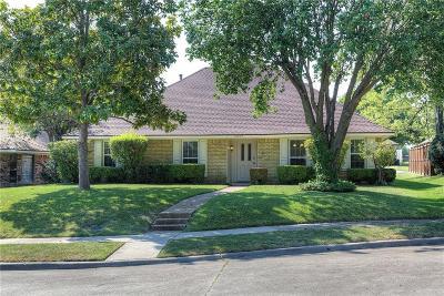 Richardson Single Family Home For Sale: 2337 Woodglen Drive