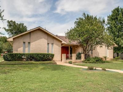 Dallas Single Family Home For Sale: 3911 Antigua Drive