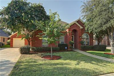Mansfield Single Family Home For Sale: 1102 Huntington Trail