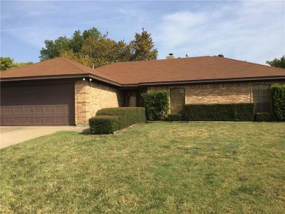Grapevine Single Family Home Active Option Contract: 2944 Cripple Creek Trail