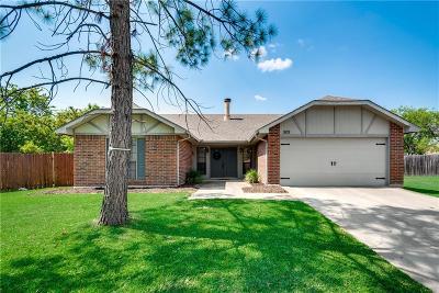 Grand Prairie Single Family Home For Sale: 909 Camino Court