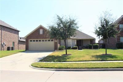 Grand Prairie Single Family Home For Sale: 2951 La Roda