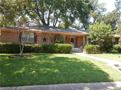Garland Single Family Home For Sale: 3117 S Glenbrook Drive