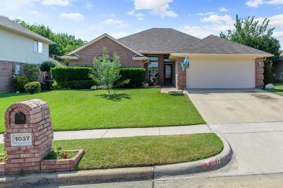 Saginaw Single Family Home Active Option Contract: 1037 Westgrove Drive
