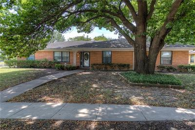 Grand Prairie Single Family Home Active Option Contract: 801 Windsor Place