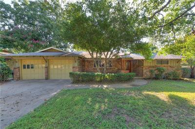 Hurst Single Family Home For Sale: 1104 Trailwood Drive