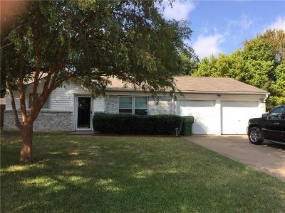 Mansfield Single Family Home Active Option Contract: 807 Skylark Drive