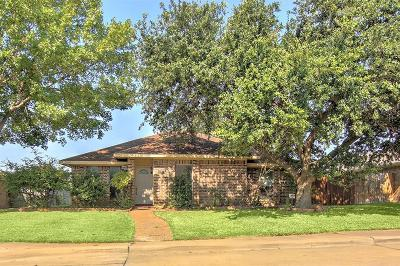 Single Family Home For Sale: 17723 Farley Trail