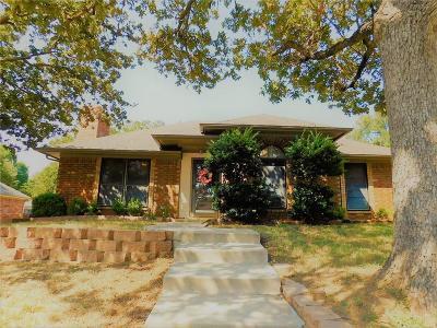 Arlington Single Family Home For Sale: 4104 Sunday Hill Drive