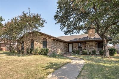 Grand Prairie Single Family Home For Sale: 2101 Wellington Drive