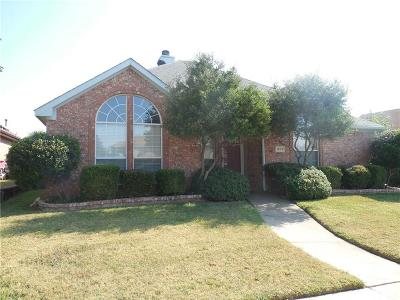 Rowlett Single Family Home For Sale: 1802 Post Oak Drive