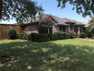 Garland Single Family Home For Sale: 2001 Pecan Grove Drive