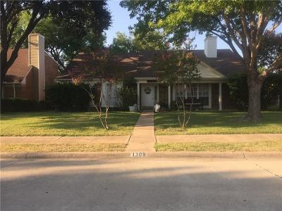 Lewisville Single Family Home For Sale: 1309 Robincreek Cove