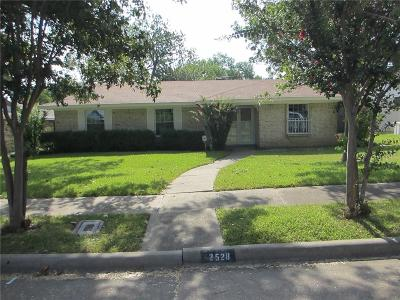 Mesquite Single Family Home For Sale: 2528 Belhaven Drive