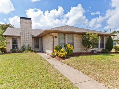 Garland Single Family Home For Sale: 2702 Meadow Park Drive