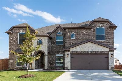 Fort Worth Single Family Home For Sale: 1652 Scarlet Crown