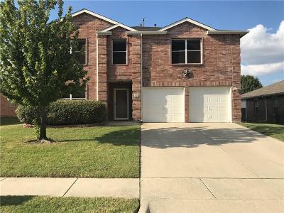 Saginaw Single Family Home For Sale: 636 Mallard Drive