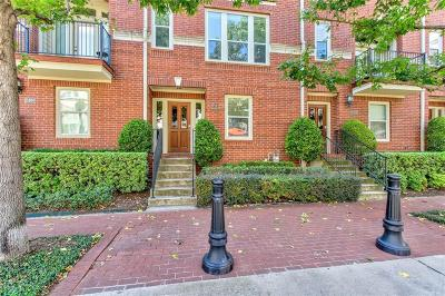 Dallas Townhouse For Sale: 2484 Worthington Street