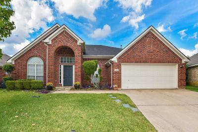 Arlington Single Family Home For Sale: 1109 Deer Valley Lane