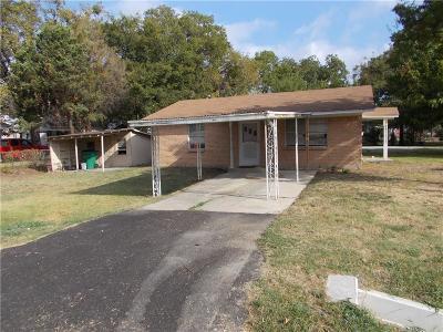 Kaufman Single Family Home For Sale: 406 S Madison Street
