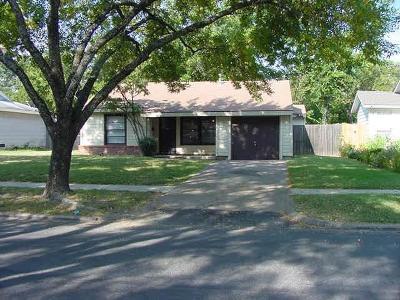Grand Prairie Single Family Home For Sale: 1110 Clarice Street