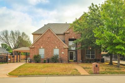 Mansfield Single Family Home For Sale: 2604 Rocky Creek Drive
