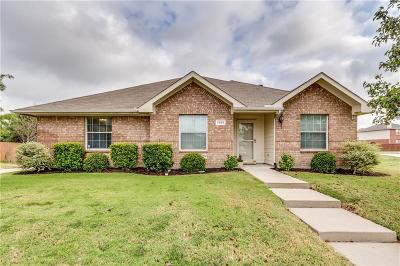 Rockwall Single Family Home For Sale: 2960 Clear Creek Drive