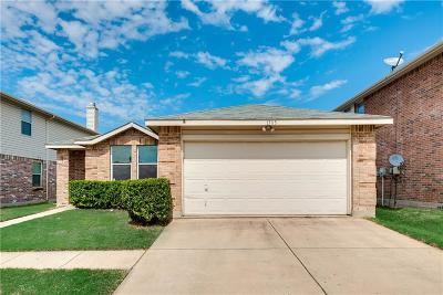 Fort Worth Single Family Home For Sale: 1705 Carolina Ridge Way
