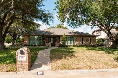 Hurst Single Family Home For Sale: 100 Hillview Court