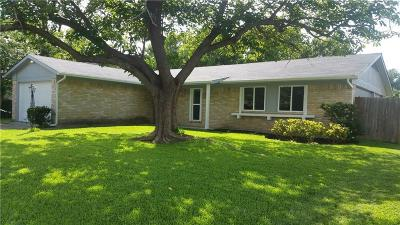 Garland Single Family Home For Sale: 605 Cranbrook Park