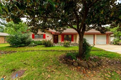 Denton Single Family Home For Sale: 2313 Yorkshire Street