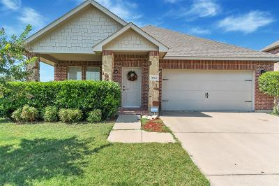 Single Family Home For Sale: 5712 Noontide Court