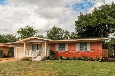 Hurst Single Family Home For Sale: 628 Willow Street