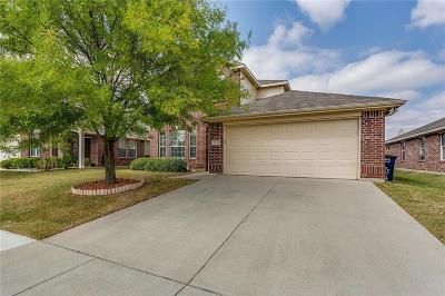Fort Worth Single Family Home For Sale: 9049 Weller Lane