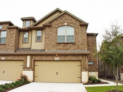 Plano Townhouse For Sale: 320 Tallgrass Lane