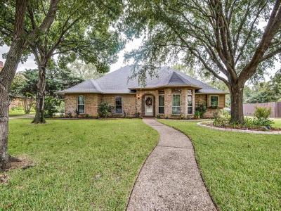 Lewisville Single Family Home For Sale: 914 Oak Creek Estates Drive