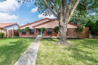 Garland Single Family Home For Sale: 1301 Frio Lane