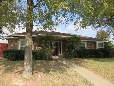 Garland Single Family Home For Sale: 2205 Kimberly Drive
