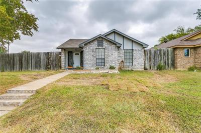 Single Family Home For Sale: 4701 Scots Briar Lane