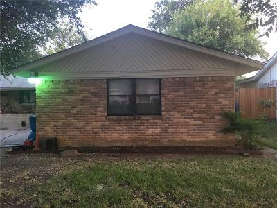 Dallas Single Family Home For Sale: 4666 Western Oaks Drive